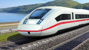 solar-power-trains-in-the-uk-2020