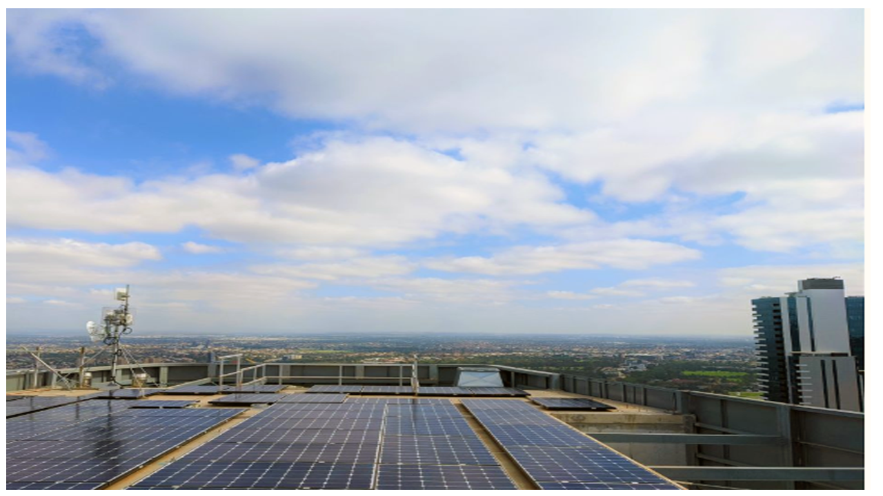 'Critical and urgent' Lord Mayor says Melbourne high-rise buildings should add solar panels