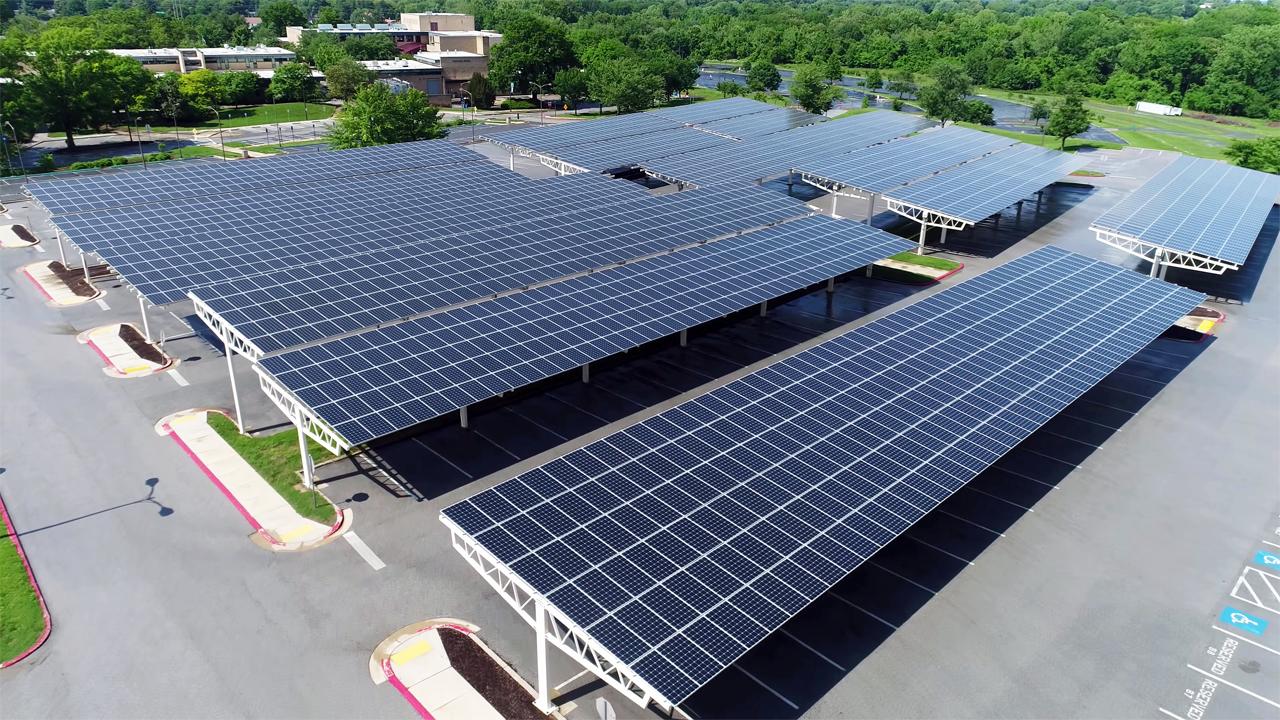 Commercial solar panels in Melbourne 2020