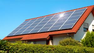 Jinko Solar vs Qcell Comparison 2020